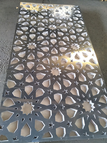 laser cutting dubai